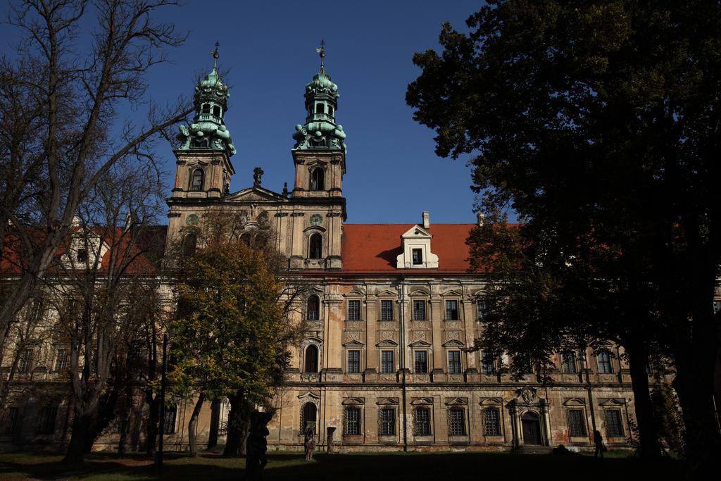 kasztor Lubiąż - Kościół Wniebowzięcia N M P.jpeg