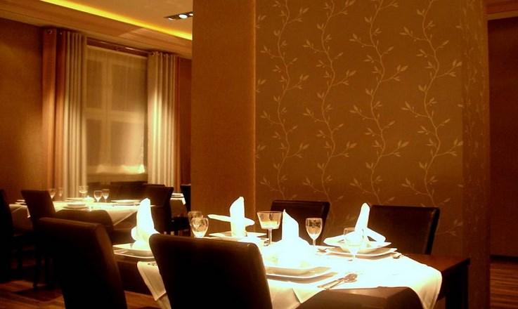 Restauracja w hotelu Nowy Dwór (Kopiowanie).jpeg